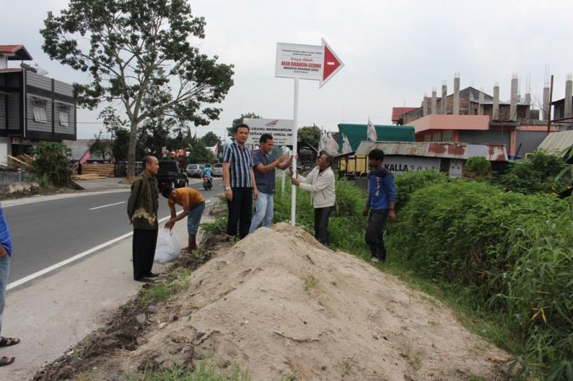 Plang Informasi Pendirian Universitas Mohammad Natsir di Bukittinggi Sumatera Barat